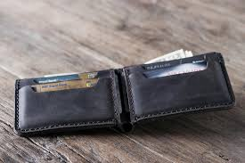 mens leather bifold wallet personalized