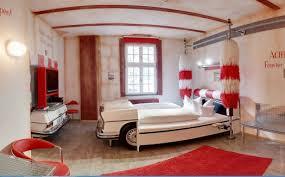 psoriasisguru craziest themed hotel rooms around the world world s