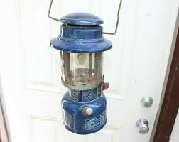 2 Vintage Rayovac 100 Portable Camping Lantern Light Table Lamps