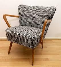 retro style furniture. i have a chair that would look great with beautiful suiting material and mid century modern chairsretro furnitureretro stylelounge retro style furniture o