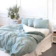 some easy ways to put on duvet cover