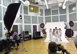 portraits against a white background step by photography studio photography lighting tips in hindi lilianduval