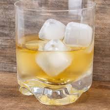 Kikkerland Eiswürfel Ice Cubes Kunststoff Klar Wiederverwendbar