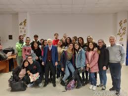 Il giornalismo dalla parte del cittadino: Antonio Lubrano al Mattioli di San  Salvo - L'incontro con il giornalista, scrittore e conduttore tv