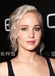 Jennifer Lawrence New Hair Style youve got to see jennifer lawrences new hair color glamour 2904 by stevesalt.us
