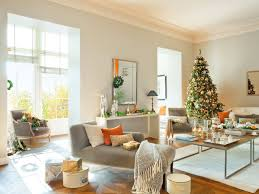 Modern-Red-Mantelpiece-Christmas-Decoration