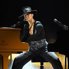 22 of the Best Alicia Keys Songs to Add to Your Playlist