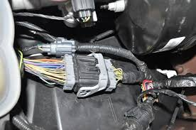 f pin to pin no tow package myths truths compendium the pictures below are of the frame side toward the cab of the trailer tow wiring notice the difference left is a random truck on a ford lot and right