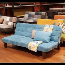 Sofa yang satu ini cocok disimpan pada ruang keluarga bernuansa retro karena desainnya yang terlihat seperti sofa. Harga Sofa Tamu Di Informa Ashley Furniture Home Facebook Jual Sofa Tamu Sudut Mewah Kursi Tamu Sudut Jati Dari Jepara Langsung