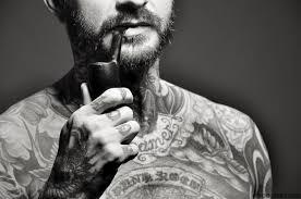 les pipeux tatoué  Images?q=tbn:ANd9GcTUXsk2wr7RE3cYcPTxV6slQuSMAClawiS-fSAiea3iqkaJJY1AJw