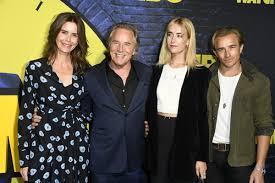 "Don Johnson, Jesse Johnson, Kelley Phleger, Grace Johnson - Don Johnson and Grace  Johnson Photos - Premiere Of HBO's ""Watchmen"" - Arrivals - Zimbio"