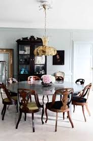 what a lovely dining area i love the round table it has plenty of