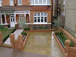 Small Picture Front garden with railings want to do the same thing with bay