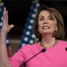 Trump-Anhänger diffamieren Nancy Pelosi ...