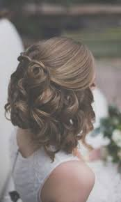 Coiffure Mariage Cheveux Court Mi Long College Findorg