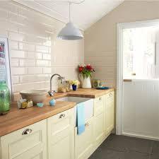 Cream Kitchen Tile 30x10 Brillo Liso Crema Tile Choice