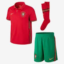 Portugal 2020 Home Fußballtrikot-Set für jüngere Kinder. Nike LU