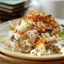 Nasi kebuli merupakan makanan khas timur tengah yang memiliki ciri khas bumbu masakan yang kuat. 5 Resep Nasi Kebuli Enak Sederhana Dan Mudah Dibuat