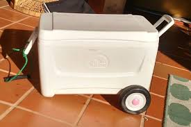 picture of diy wheeled cooler ice chest