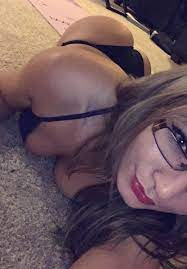 Wow Youtuber Zoie Burgher Nude Pics Leaked Array Exposed