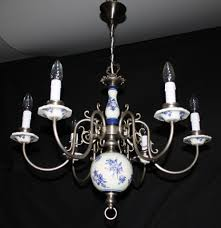 vintage flemish delft chandelier silver colour metal blue white light ref gmr16