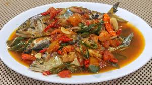 3 ekor ikan kembung atau ikan lain sesuai selera 1. Resep Ikan Pindang Kembung Bumbu Sarden Video Masak 31 Youtube