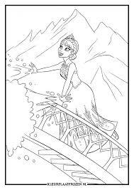 Kleurplaat Van Elsa Uit Frozen Frozen Coloring Pages Frozen