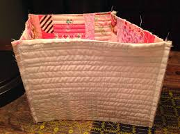 dream quilt create: Lined Fabric Basket Tutorial & Lined Fabric Basket Tutorial Adamdwight.com