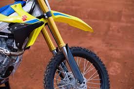 2018 suzuki motocross bikes. exellent suzuki 2018 suzuki rmz450 first impression intended suzuki motocross bikes
