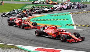 Go behind the scenes and get analysis straight from the paddock. Formel 1 Saison 2019 Tv Ubertragung Livestream Startzeiten Fahrer Und Kalender