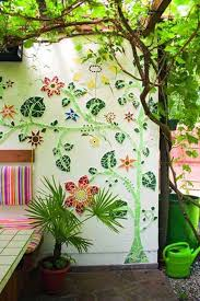 if you re not good at painting you can still give your wall a