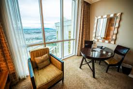 Mandalay Bay Extra Bedroom Suite Hotels In Vegas With 2 Bedroom Suites Penthouse Real World Suite