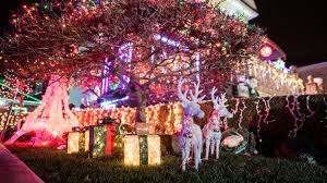 Christmas Lights Dyker Heights Christmas Lights 2016 Guide And How To Get There