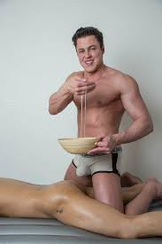 Naked massages for men