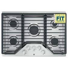 gas cooktop in stainless steel with 5 burners including power burners