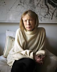 joan didion academy of achievement  2007 joan didion in her new york city apartment she has adapted her