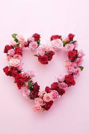 Creative new way to make a wreath will give all your guests decor envy.  Heart WreathHeart Shaped ...
