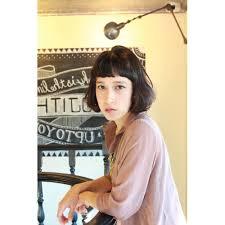 黒髪耳かけボブ Rojithaロジッタのヘアスタイル 美容院美容室