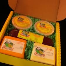 gift box two cheese two spread sausage f