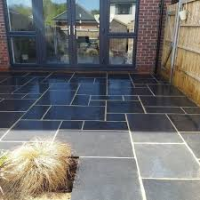 re black limestone paving
