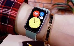 Huawei Watch Fit Fitness Tracker Looks ...