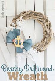 Supplies needed to make your own beachy DIY driftwood wreath: ClickLinks1