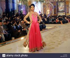 Erum Khan Dress Designer Lahore Pakistan 30th Nov 2013 A Model Presents A Creation