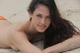 Nice girls naked pics Lainey Gossip: Celebrity Gossip, News, Photos, Rumours