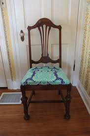 image of recovering dining room chairs pad