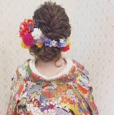 和洋まぜこぜ雰囲気が可愛い和婚にぴったりの洋髪花嫁ヘアまとめ