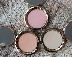 Becca Light Chaser Bellini Becca Light Chaser Highlighters Review Swatches Makeup
