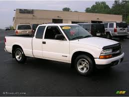 2003 Summit White Chevrolet S10 LS Extended Cab #34168469 ...