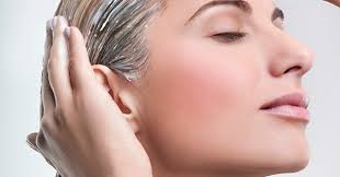 10 самых эффективных <b>масок для волос</b> из обычных продуктов
