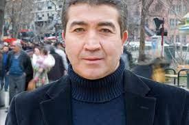 """Turgay Yıldız'ın ailesinden """"aşı yüzünden hayatını kaybetti"""" iddiasına  yalanlama"""